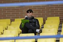 Zkušený trenér Fastavu Zlín Bohumil Páník sledoval přípravný duel s Třincem z hlavní tribuny.