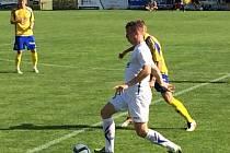 Fotbalisté Fastavu Zlín (v bílém) porazili ve druhém přípravném zápase na hřišti ve Spytihněvi slovenskou Dunajskou Stredu 2:1.