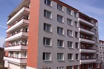 Panelový dům na Jižních Svazích ve Zlíně, kde se tragédie odehrála.