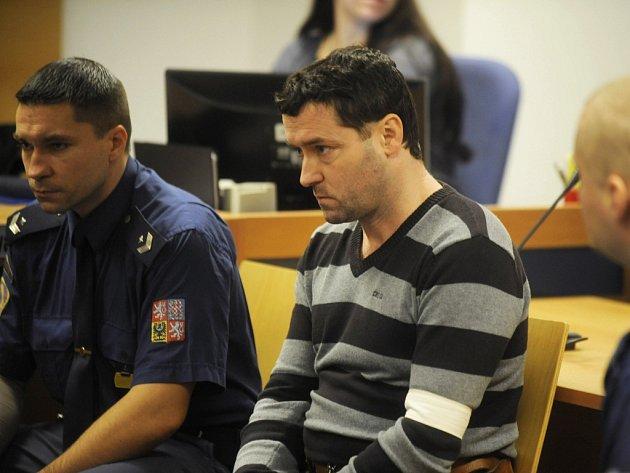 Robert Sedlařík u soudu.