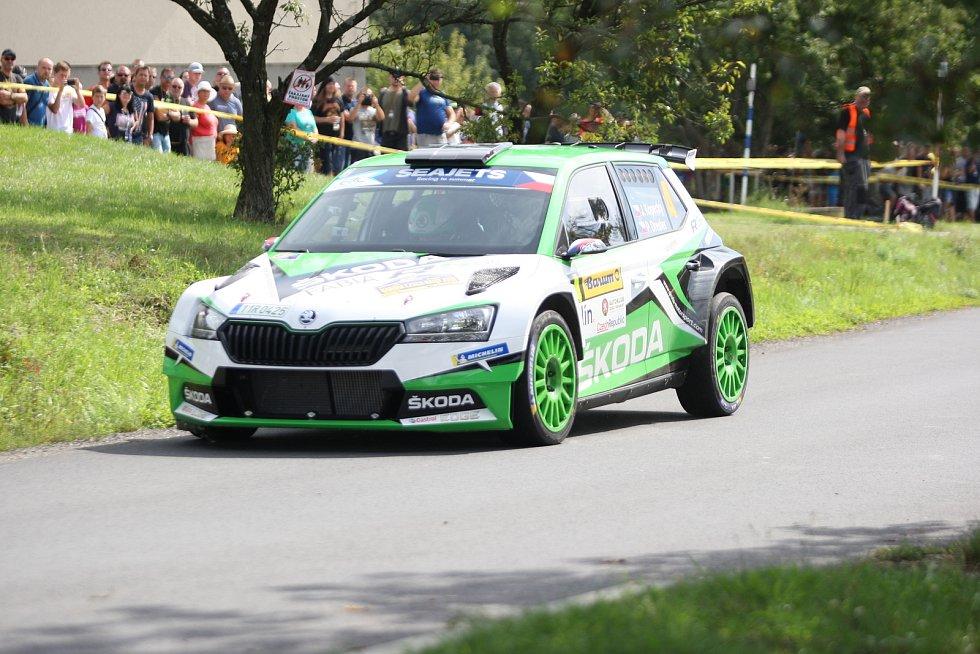 V rámci 49. ročníku Barum Czech Rally Zlín absolvovali v sobotu dopoledne jezdci rychlostní zkoušku Březová. Na snímku Jan Kopecký.