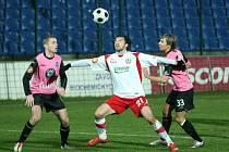 Fotbal Zlín (v bíločerveném) - Mladá Boleslav.