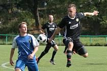 Fotbalista Viacheslav Bykhovskyi (vpravo) v dresu Luhačovic.