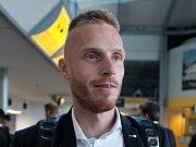 Zlínskému kapitánovi Tomáši Janíčkovi angažmá v malajsijském Kuala Lumpur nevyšlo. Sezonu tak dohraje ve Zlíně.