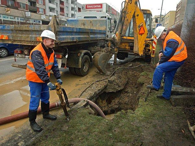 Centrum Zlína zůstalo v pátek 20. ledna bez vody. Kvůli havárii vodovodního potrubí museli vodaři odstavit přítok v osmi ulicích.
