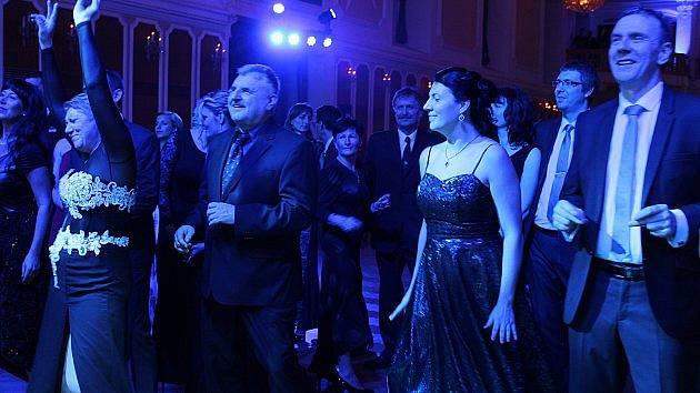Ve Znojmě chystají vůbec poprvé Stříbrný ples. Vstupenky už jsou v předprodeji