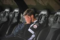Fotbalista Lugana Roman Macek si posledních devět měsíců nekopl do míče. Kvůli bolestivému zranění chodidel se vrátil do Turína, kde absolvuje terapie.