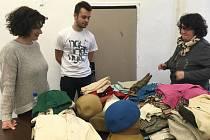Lidé v pátek a v sobotu nosili oblečení, drobné předměty a fotografie k připravovanému filmu režiséra Davida Ondříčka o olympijském sportovci spjatým se Zlínem, Emilu Zátopkovi, se stejnojmenným názvem  Zátopek.