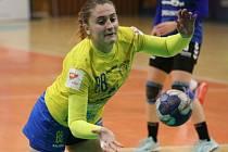 Interligové házenkářky Zlína (ve žlutém) doma v 7. kole podlehly nováčkovi mezinárodní soutěže z Polska Chorzówu 33:40.