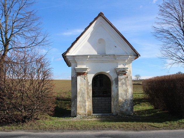 V Tečovicích chtějí opravit barokní kapličku svaté Rodiny.