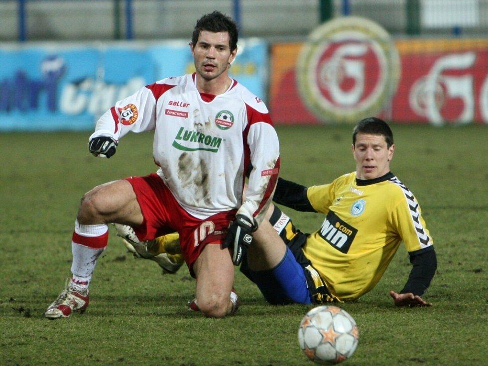 Martin Vyskočil sleduje, jak mizí míč i body.