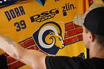 V rámci zahájení sezony s fanoušky představil klub i originální třetí sadu dresů