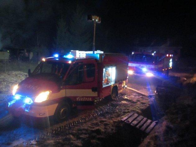 Požár kurníku se 30 slepicemi v Napajdlech.