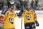 Extraligoví hokejisté PSG Berani Zlín (ve žlutém) po reprezentační přestávce v rámci 21. kola doma hostili Kometu Brno. Na snímku Herman