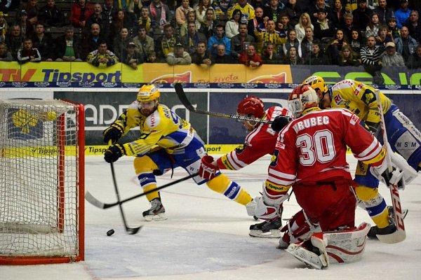 Jaroslav Balaštík střílí třetí gól