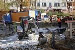 Oprava na ulici Česká na sídlišti Jižní svahy ve Zlíně.