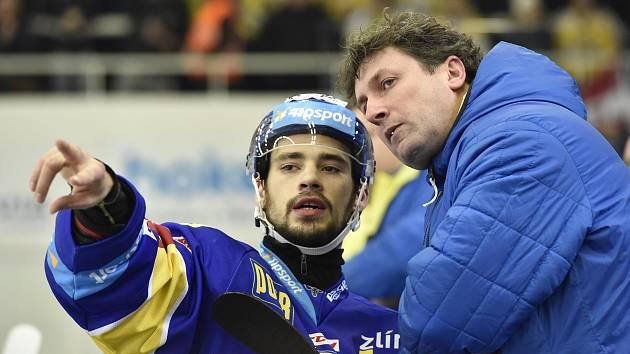 David Ostřížek (vpravo) s trenérem Zlína Robertem Svobodou.