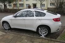 Poškozené BMW