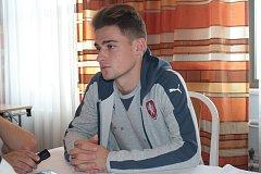 Talentovaný záložník či útočník Patrik Slaměna je jediným zástupcem Zlína ve výběru trenéra Jana Suchopárka.