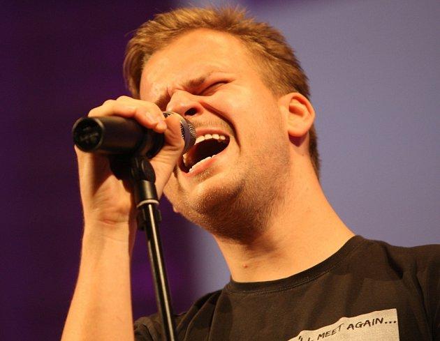 Martin Chodúr zpívá sfilharmonii Bohuslava Martinů.
