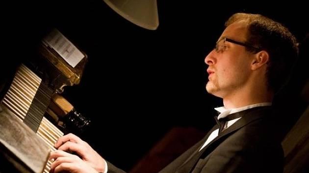 Pavlu Svobodovi hra na varhany přirostla k srdci a stala se jeho životní zálibou.