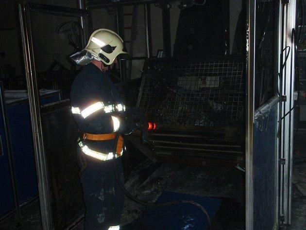 Požár dílny v Drnovicích.