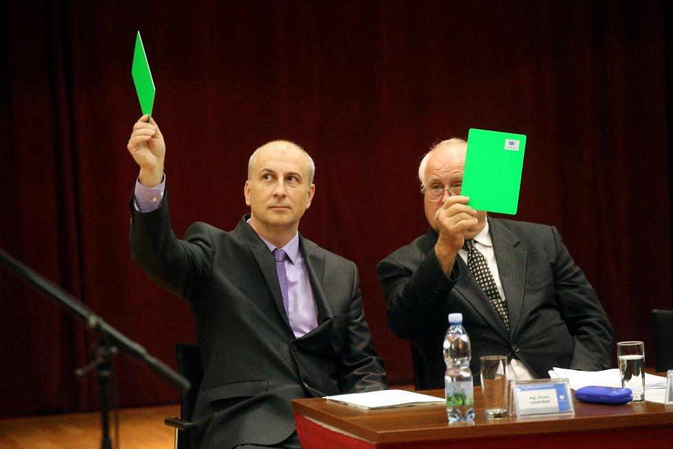 Ustavující Zastupitelstvo města Otrokovice.
