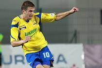 Tomáš Poznar (ve žlutém), fotbal Zlín.
