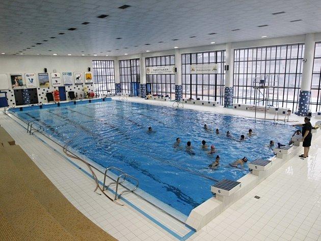 Bazén 25 m v Městských lázních ve Zlíně