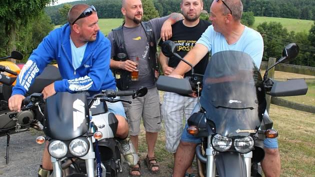 V Želechovicích nad Dřevnicí se od pátku 17. do neděle 19. července 2015 konala Buell Party Morava 2015. Sjelo se na ni asi třicet účastníků.