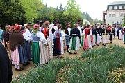 """Žehnání pramenům. """"Jde o děkovnou modlitbu, že v tomto kraji, našem městě i farnosti jsou léčivé prameny,"""" vysvětlil farář Hubert Wojcik."""