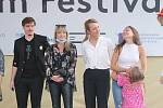Zlín Film Festival 2020 - Autogramiáda herců a tvůrců premiérové pohádky Největší dar, společně s módní přehlídkou kostýmů z této pohádky.