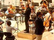 Adam Plachetka s Filharmonií Bohuslava Martinů