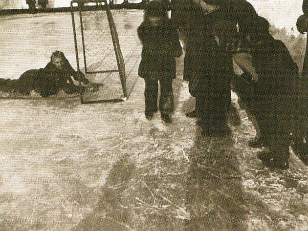 Archívní foto hokejového klubu PSG Zlín