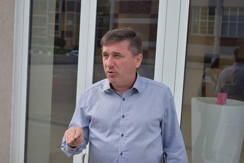 Senátní volby, Tomáš Goláň.