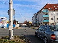 Semafory na otrokovické křižovatce poblíž Základní školy T. G. Masaryka jsou mimo provoz.