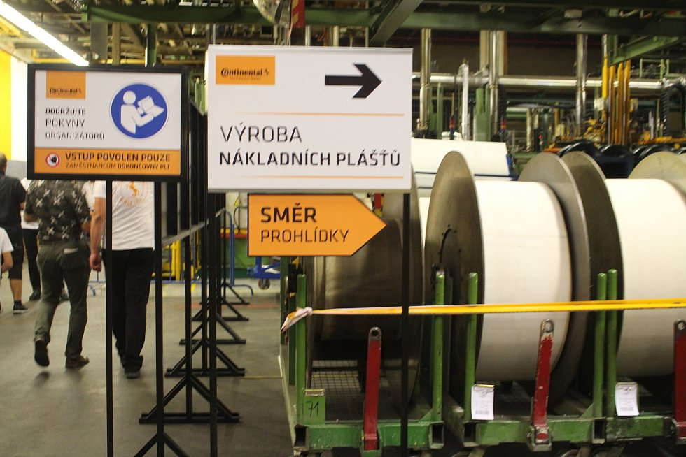 Den otevřených dveří v Continetal Barum - Výrobna nákladních plášťů.