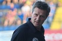 Fotbalisté Fastavu Zlín (ve žlutém) v pátečním 5. kole Fortuna:Ligy doma vyzvali Teplice. Na snímku Csaplár