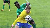 Fotbalisté Zlína (ve žlutých dresech) se ve 27. kole FORTUNA:LIGY utkali s Příbramí. Foto: Jan Zahnaš