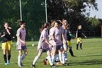Fotbalový zápas ženy, Bezměrov - Březůvky