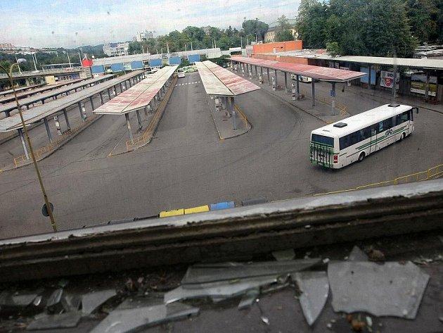 Autobusové nádraží v centru Zlína