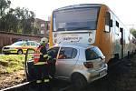 Dopravní nehoda ve Zlíně, řidička osobního auta vjela na přejez při průjezdu vlaku.