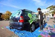 Graffiti City Zlín 2018 na náměstí Míru ve Zlíně. Novinkou druhého ročníku je graffiti na vozidlech