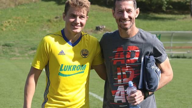 Trenér třetiligové Kroměříže Bronislav Červenka (vpravo) se synem Patrikem.
