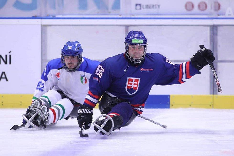 Slovensko mělo ve svém výběru hned pět zlínských para hokejistů.