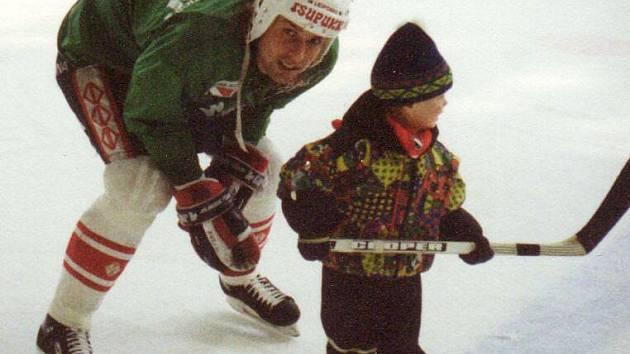 Rostislav Vlach vychoval svého syna Romana v talentovaného extraligového hokejistu