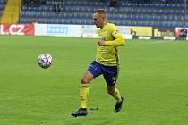 Fotbalista Zlína Róbert Matejova při domácím zápase s Hradcem Králové.