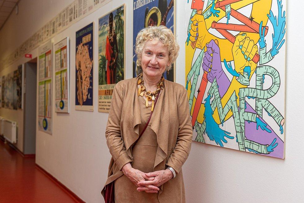 Australanka Linda Aronson, největší současná osobnost v oboru dramaturgie a scenáristiky, připravila sérii odborných workshopů pro studenty ateliéru Audiovizuální tvorba UTB ve Zlíně.
