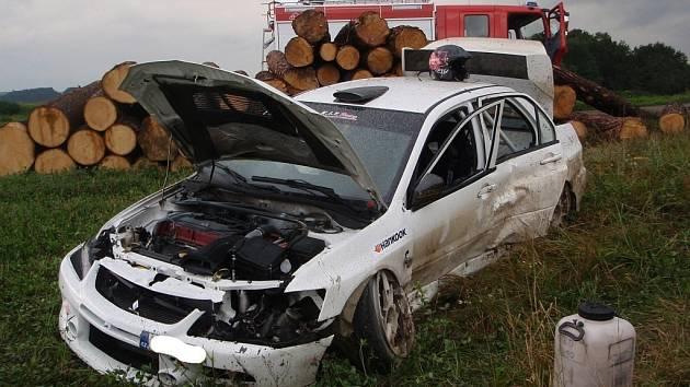 Závodní speciál havaroval při tréninku na Barum Rally