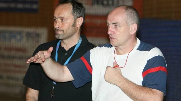 Nový trenér zlínských házenkářek Dušan Poloz (vlevo), vpravo Milan Buday, jenž mu bude asistovat.